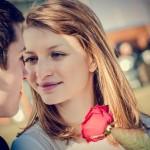 महिलालाई आकर्षित गर्न पुरूषमा हुनै पर्ने ५ कुरा