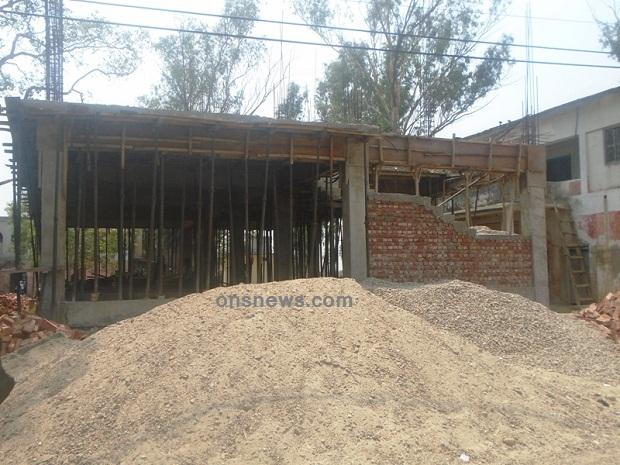 जिल्ला हुलाक कार्यालय महोत्तरीको निर्माणाधिन भवन