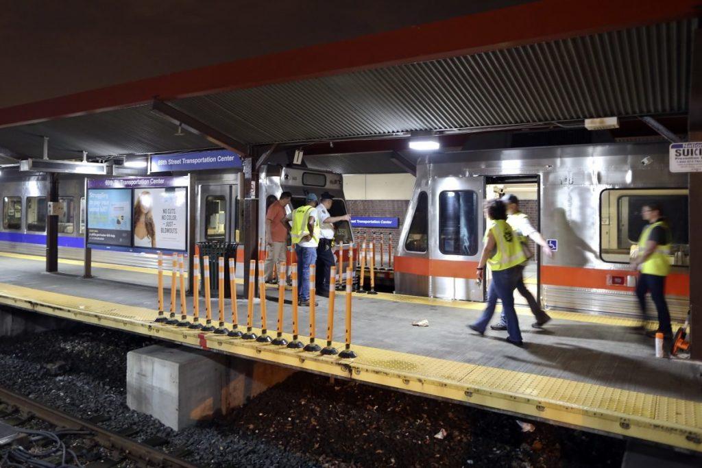 train crash philidelphia